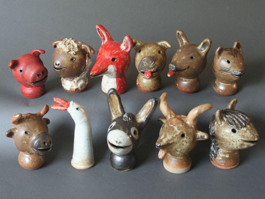 Tiere aus ton t pferei atelier s - Keramik katzen fur garten ...