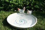 Vogelbad aus Ton